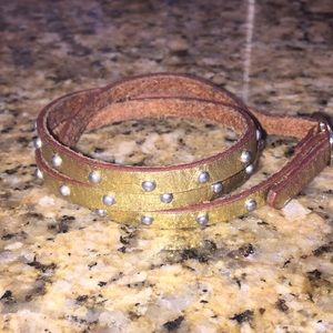 Banana republic leather bracelet